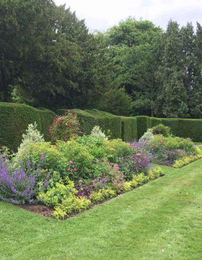 laurel-hill-garden-design-formal-sussex-a3