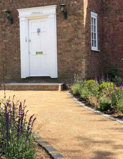 laurel-hill-garden-design-front-door