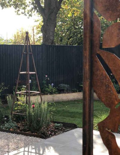 laurel-hill-garden-design-greensand-website-art-shot-panel-and-obelisk
