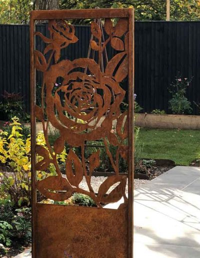 laurel-hill-garden-design-greensand-website-one-panel-garden-beyond