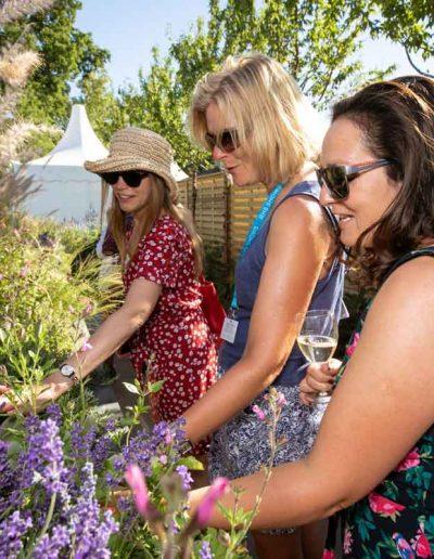 laurel-hill-garden-hamptons-award-27