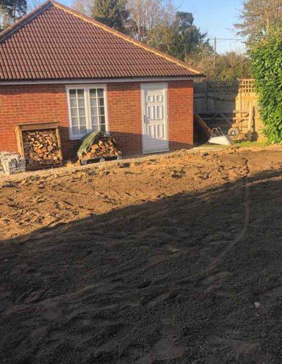 laurel-hill-garden-design-driveway-garden-before-2